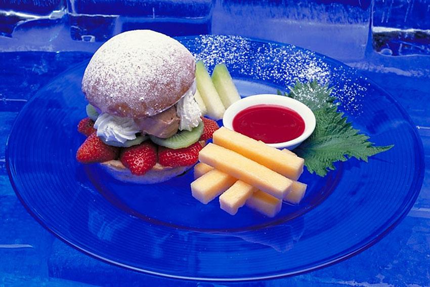 Icecream Burger, Shangri La